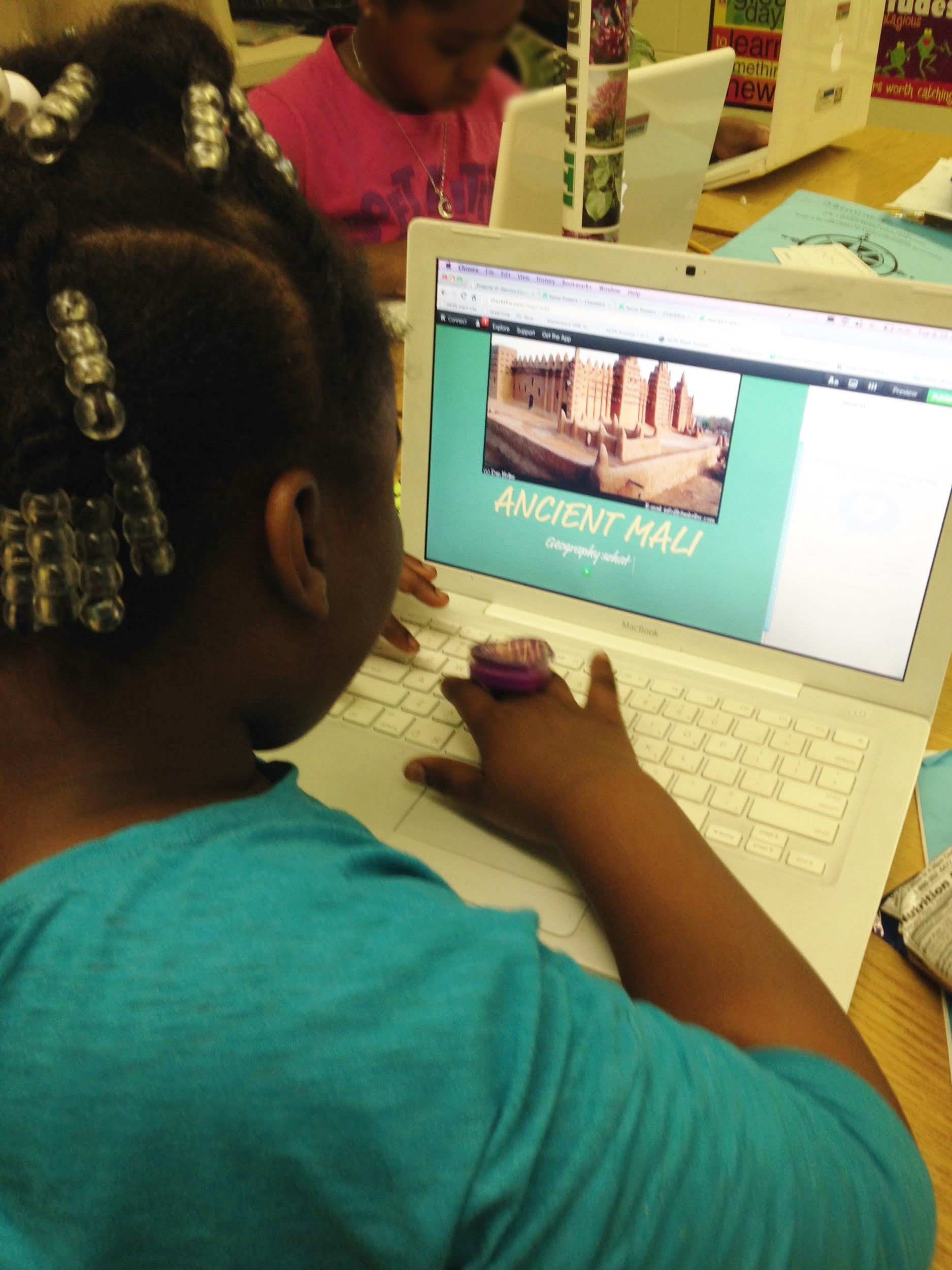 How to Bring Digital Communication to your Classroom