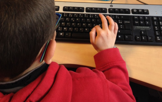 Puedes motivar a tus alumnos a que escriban en el blog de clase asignándoles temas o aprobando los que ellos propongan. ¡Esto es una gran proeza, y tienes derecho a presumir de ello!