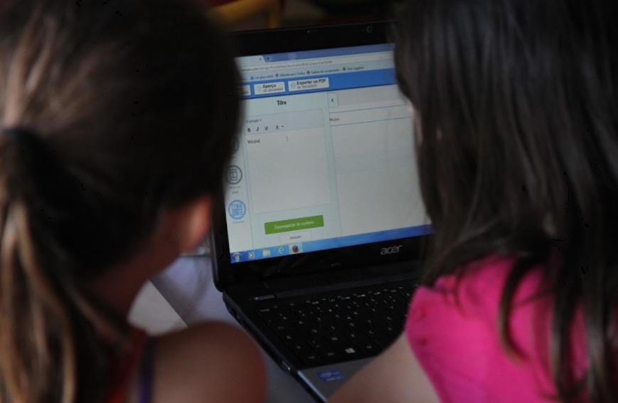 Leurs premiers pas sur la classe numérique Beneylu School !
