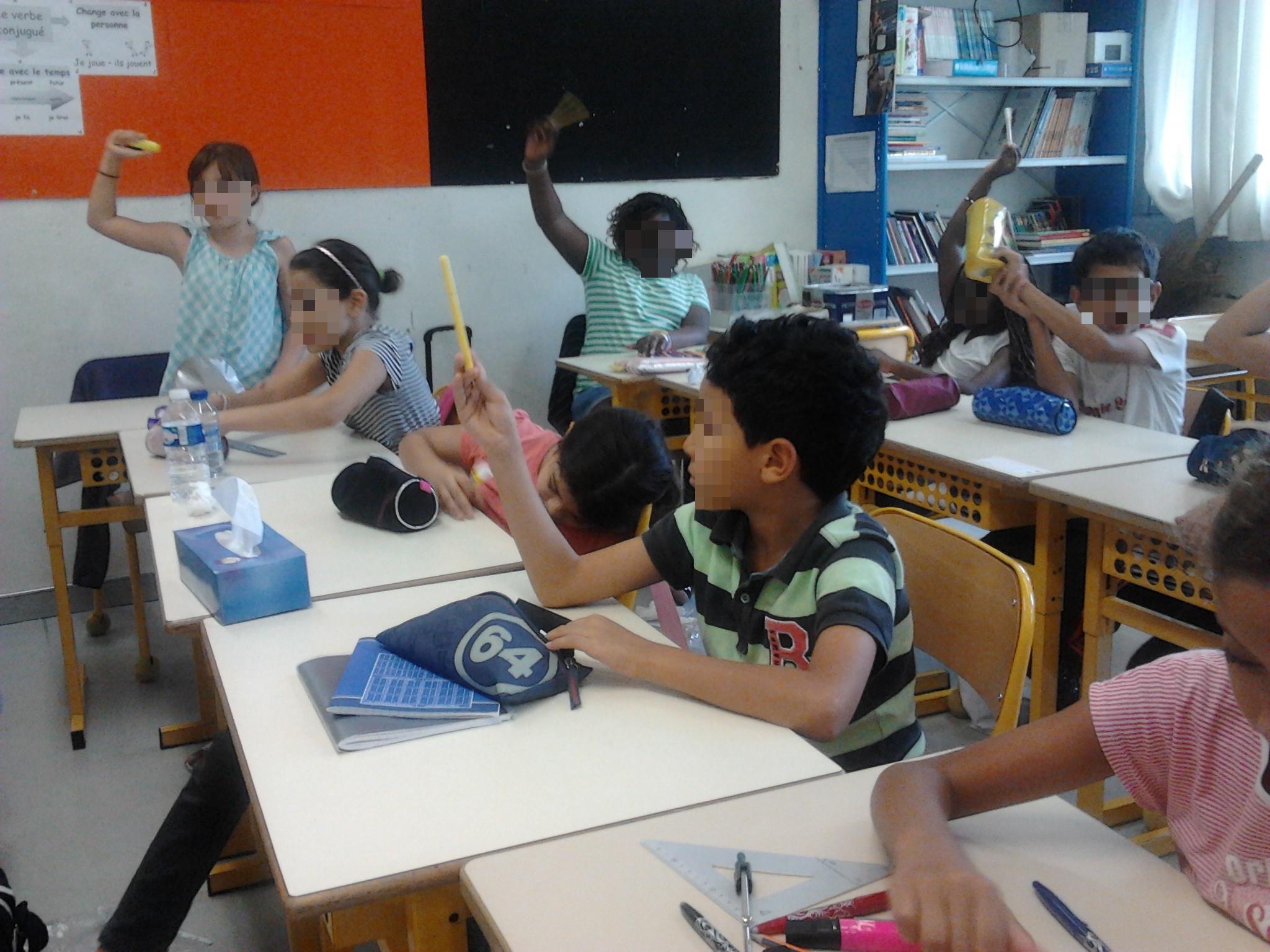 Les élèves votent pour le nom du journal