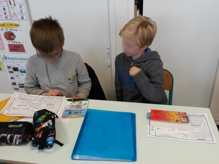 Les élèves ont 3 semaines pour lire le livre et préparer la présentation de 3 minutes.