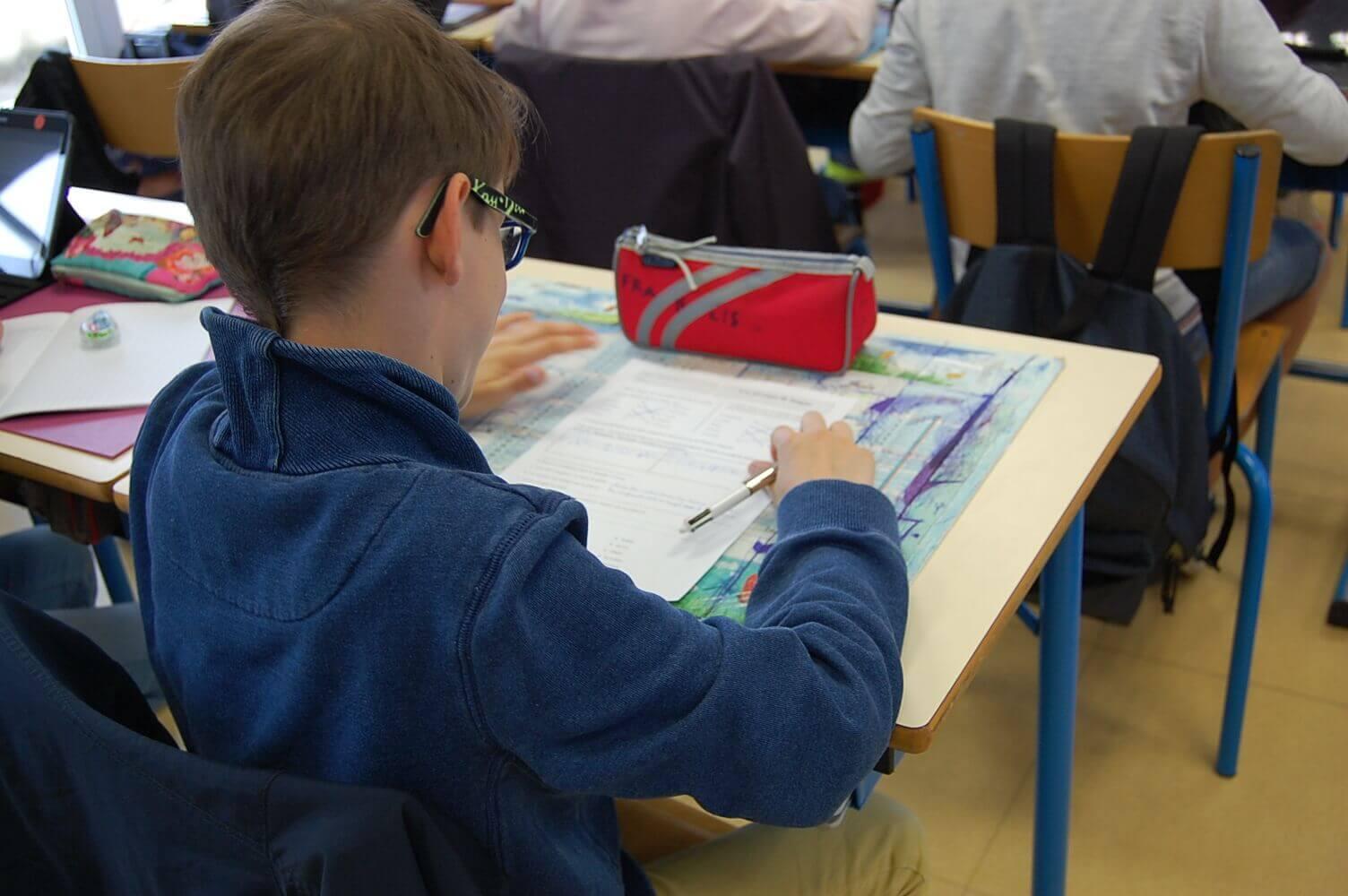 Les élèves sont concentrés sur leur apprentissage car ils connaissent leur emploi du temps