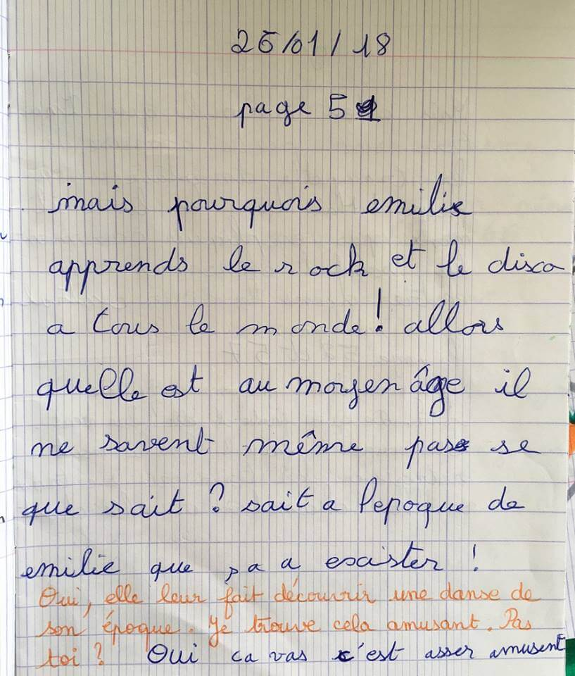 Les élèves posent aussi leurs questions dans leur journal dialogué pour mieux comprendre.